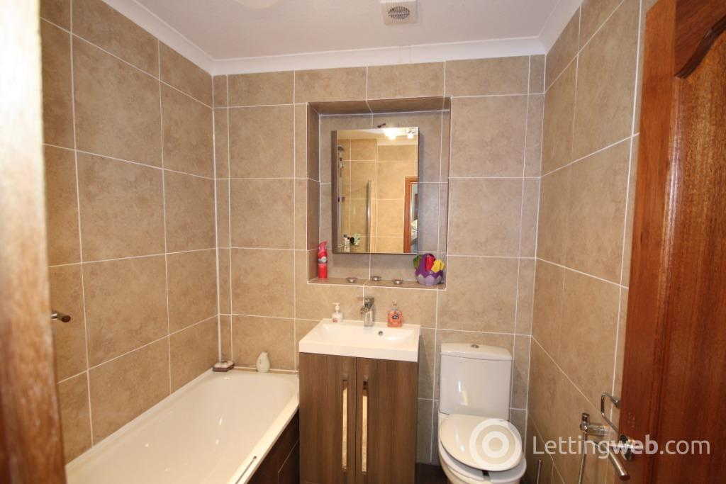 Property to rent in Airyhall Drive, Airyhall, Aberdeen, AB15 7QR