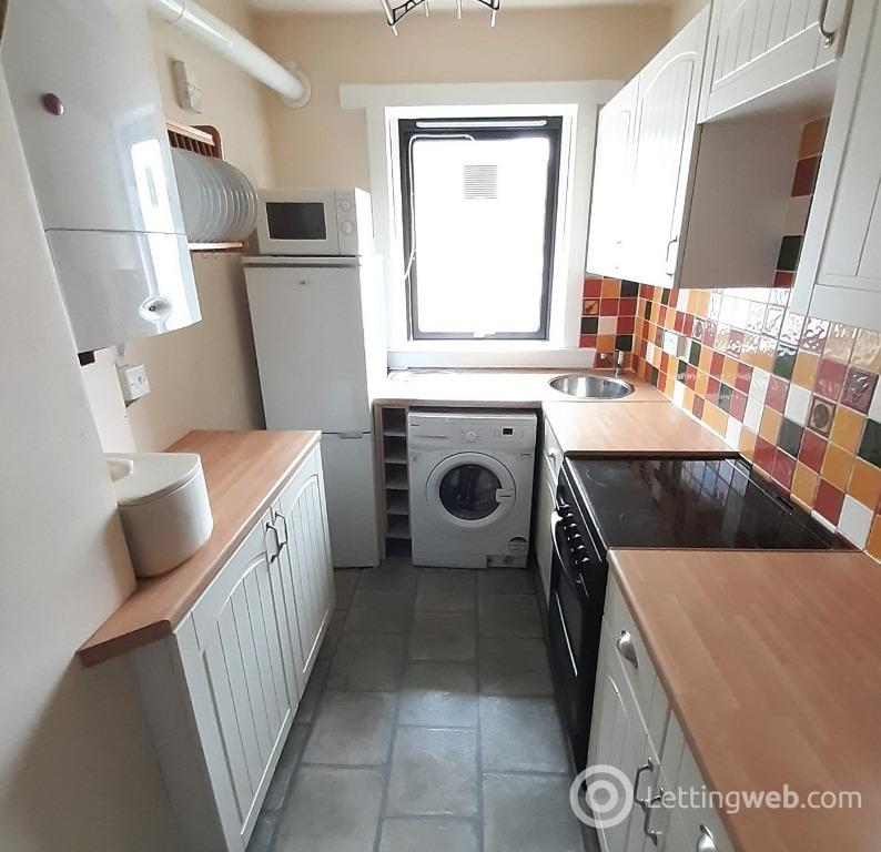 Property to rent in Froghall Place, , Aberdeen, AB24 3JS