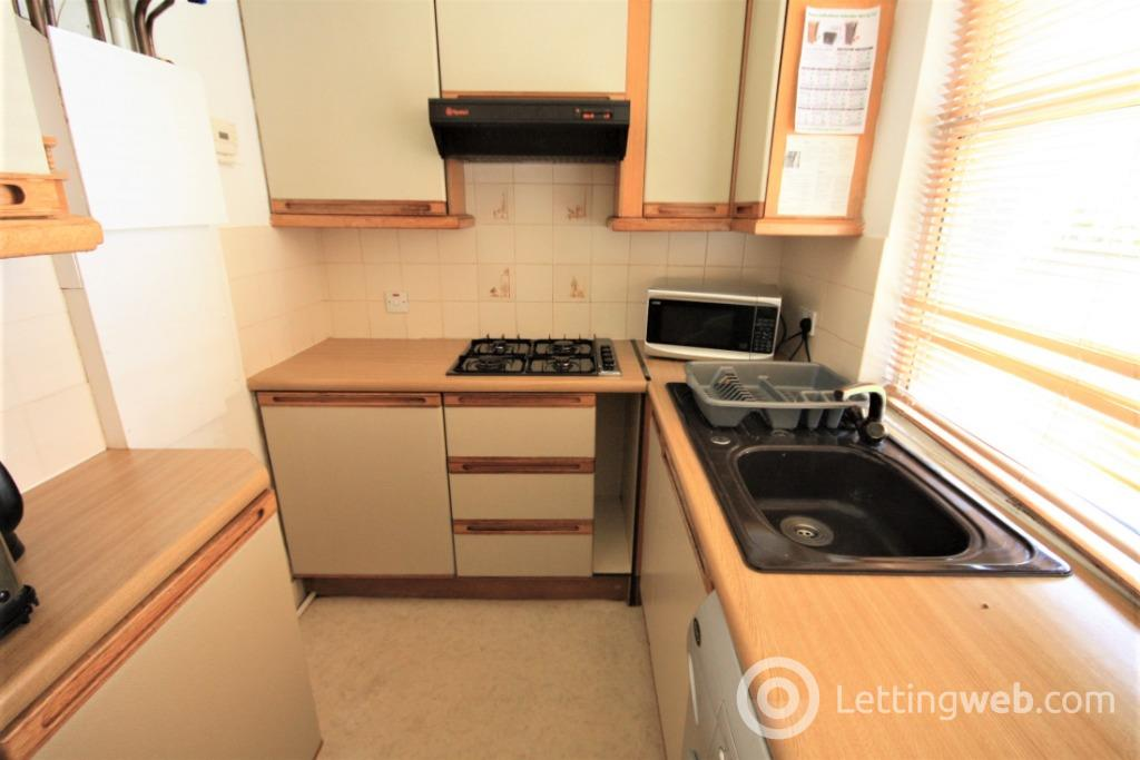 Property to rent in Powis Place, City Centre, Aberdeen, AB25 3TS