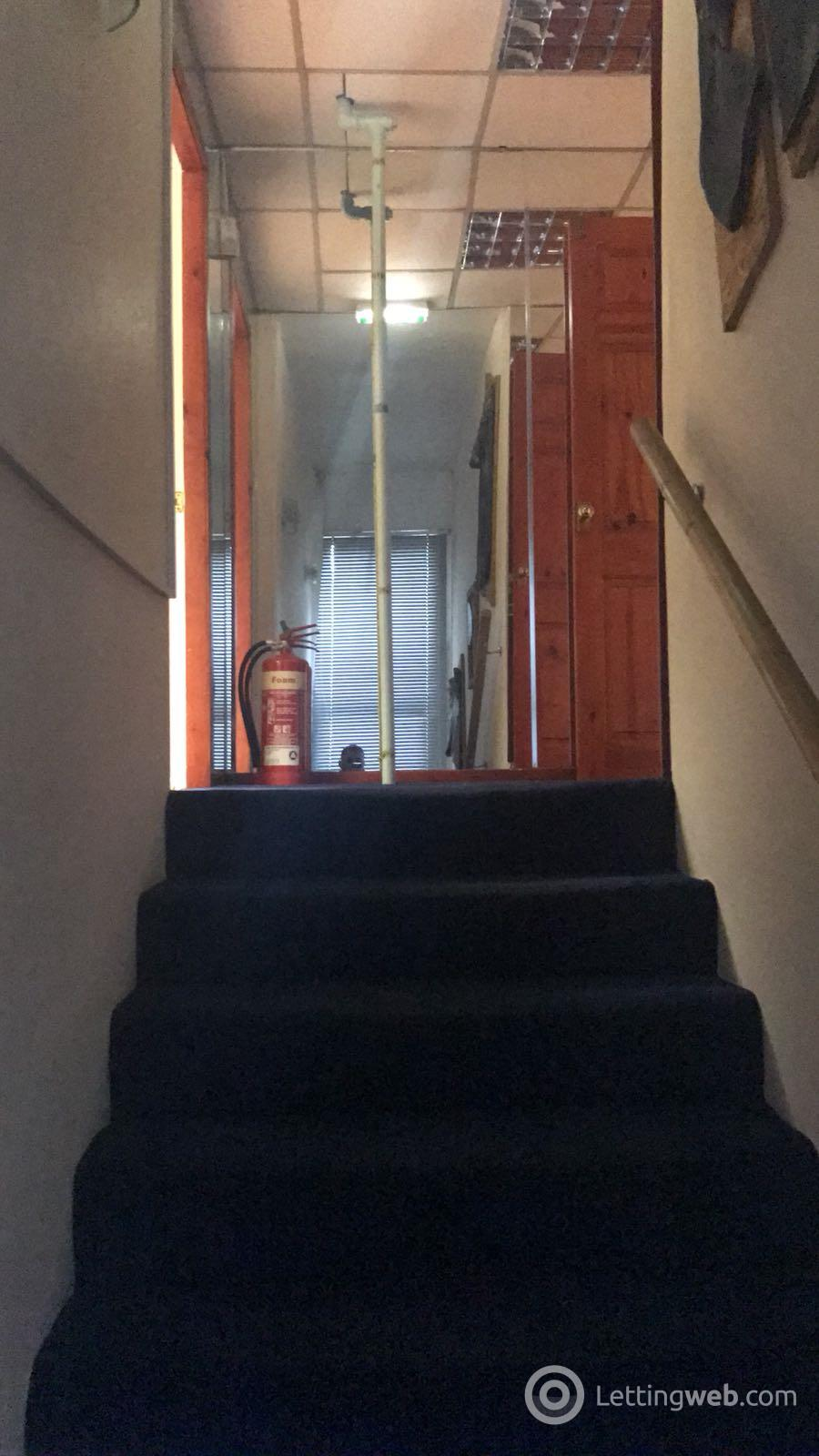 Property to rent in Kingston Street