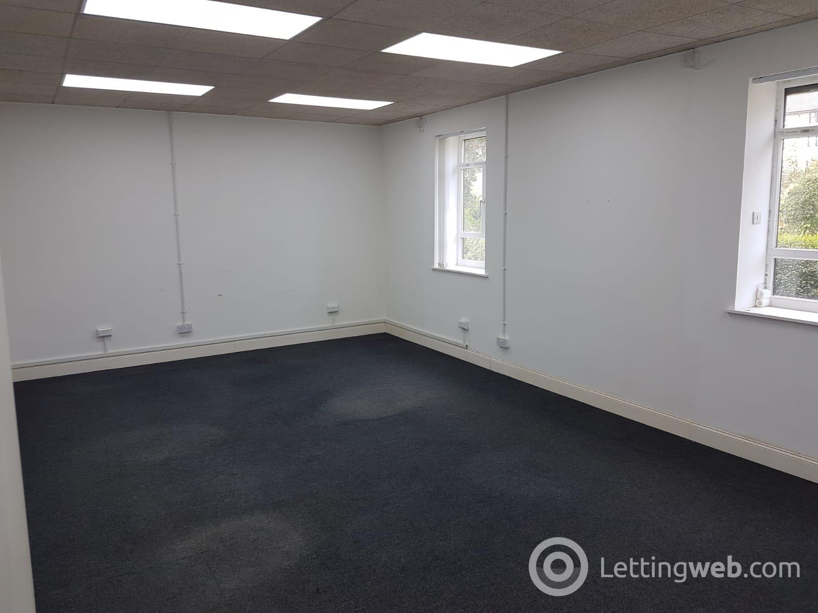 Property to rent in Maxwell Road