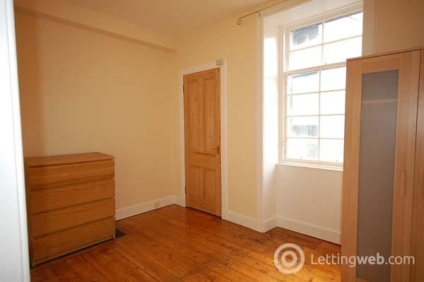 Property to rent in North Junction Street, Edinburgh
