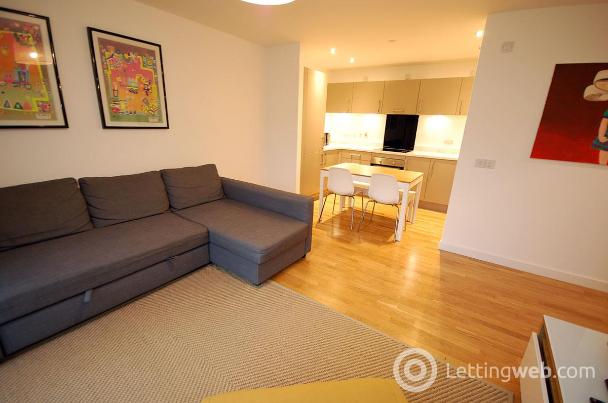 Property to rent in 19 Shrubhill Walk
