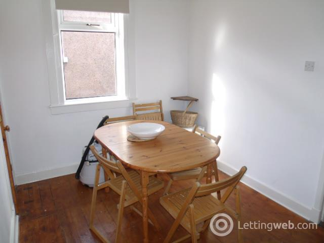 Property to rent in Braeside Avenue