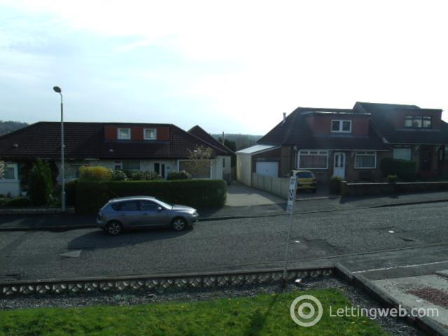 Property to rent in Braeside Avenue