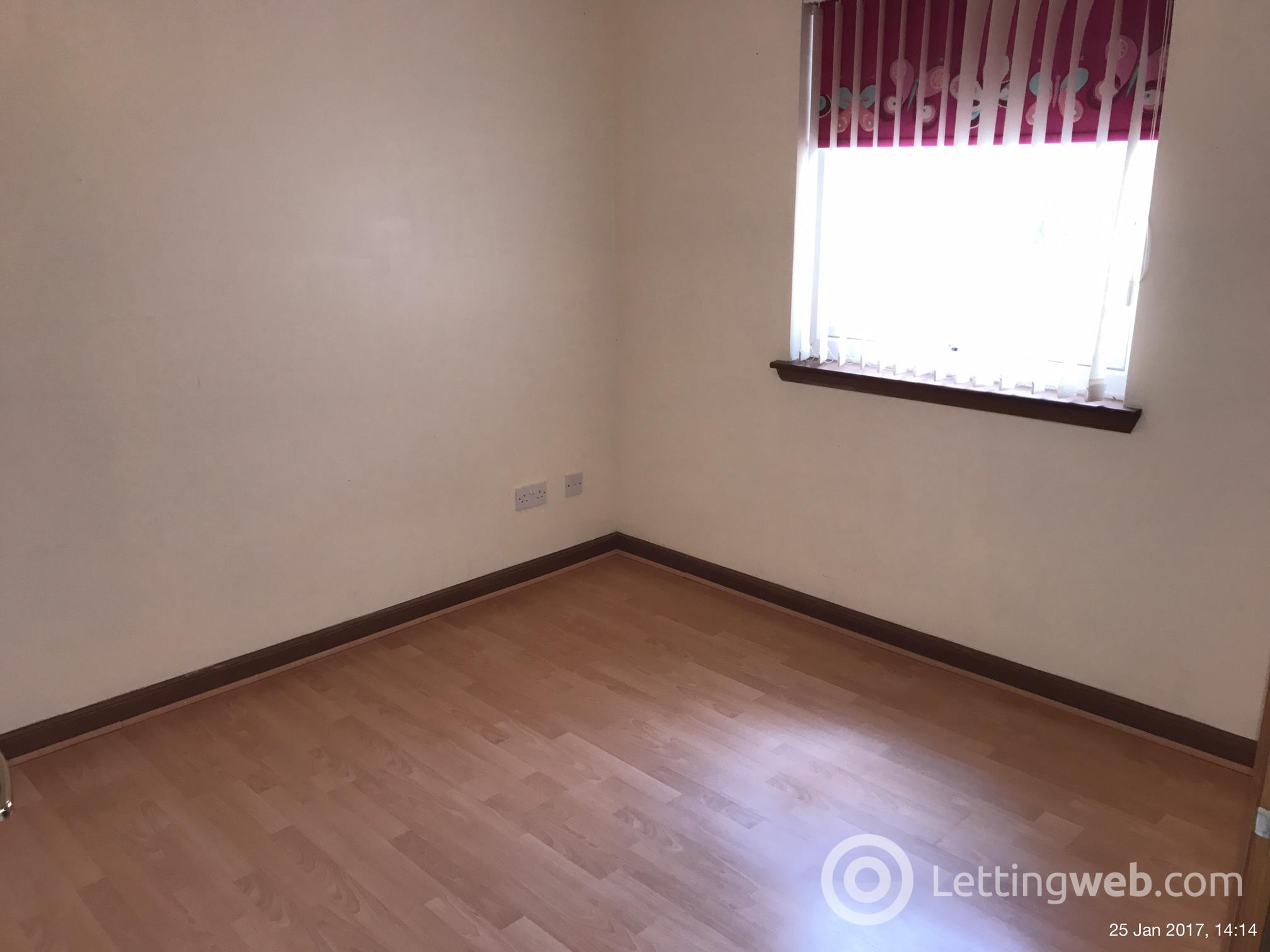 Property to rent in Rose Street, Lesmahagow