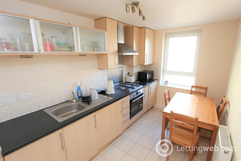 Property to rent in West Granton Road, Granton, Edinburgh, EH5 1FE