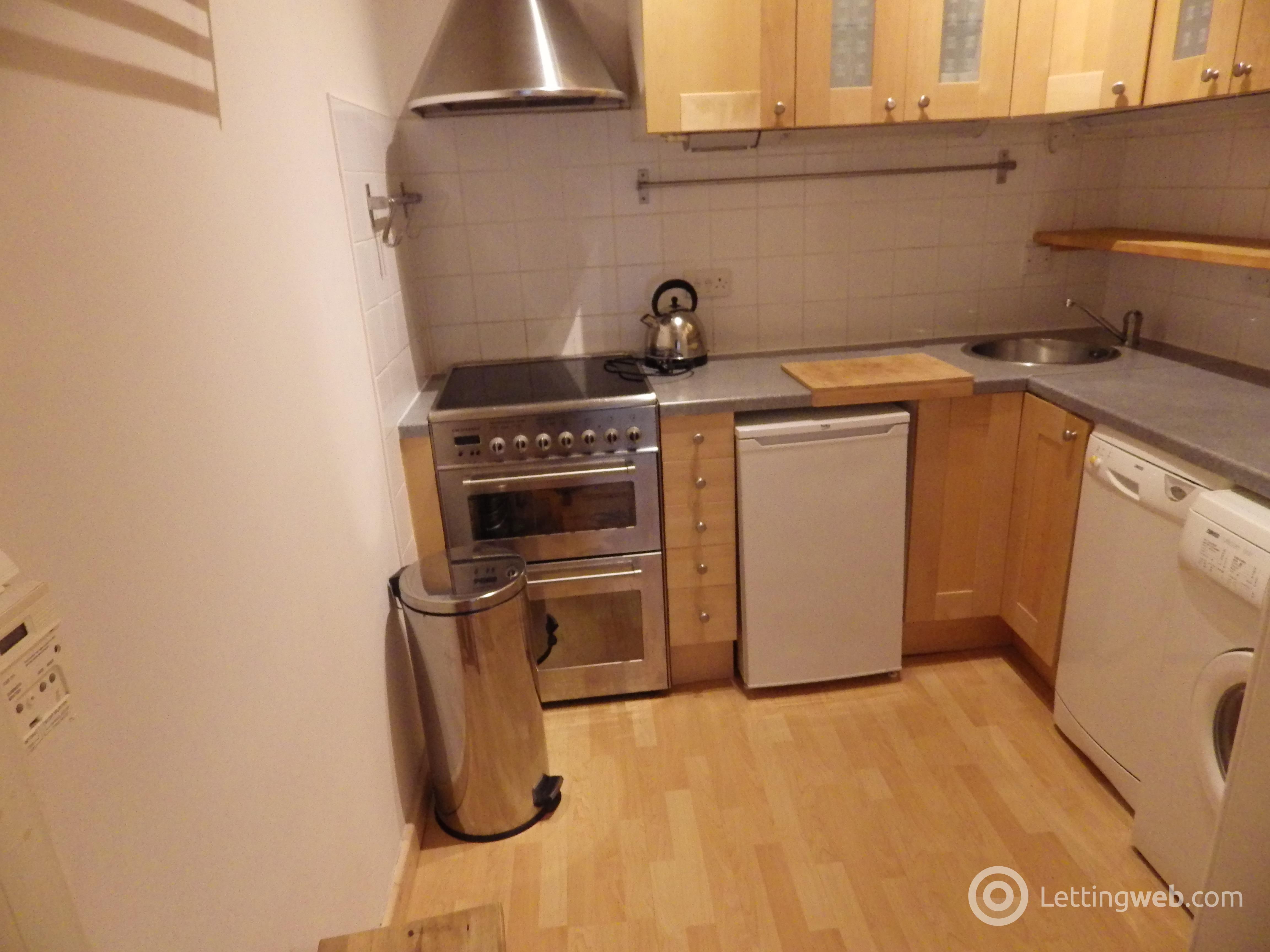 Property to rent in Balcarres Street