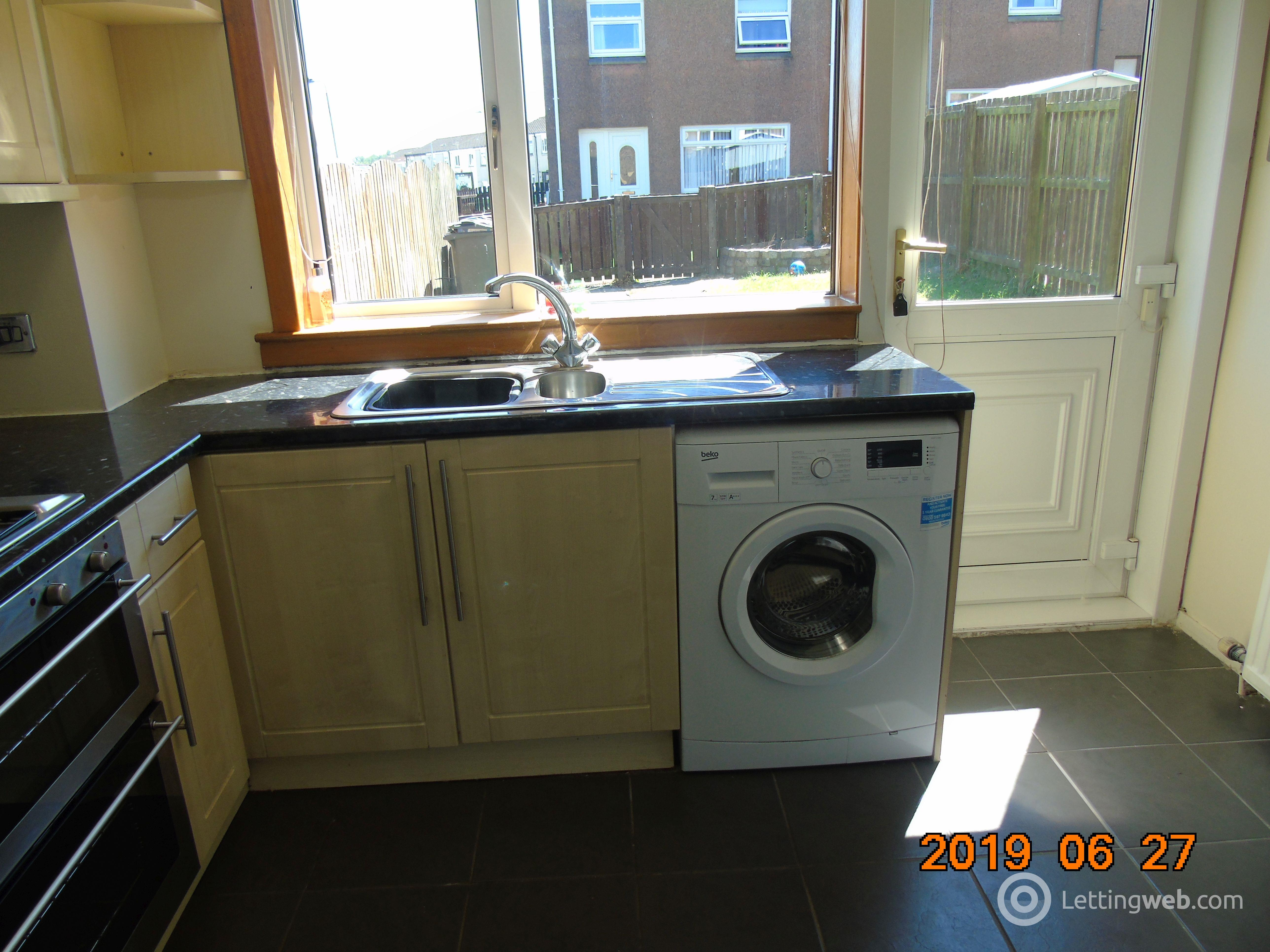 Property to rent in Berwick Crescent