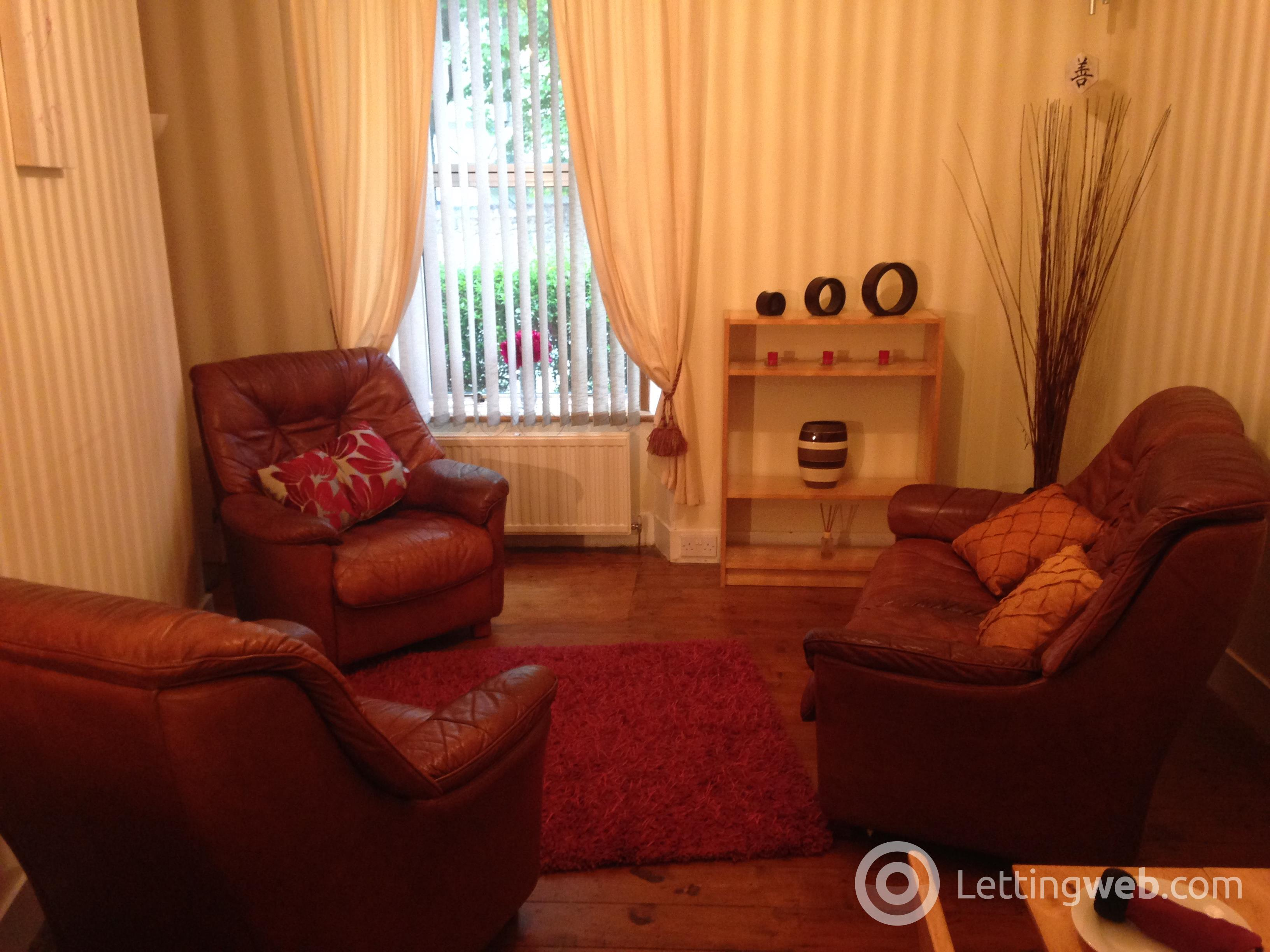 Property to rent in WHITEHALL PLACE