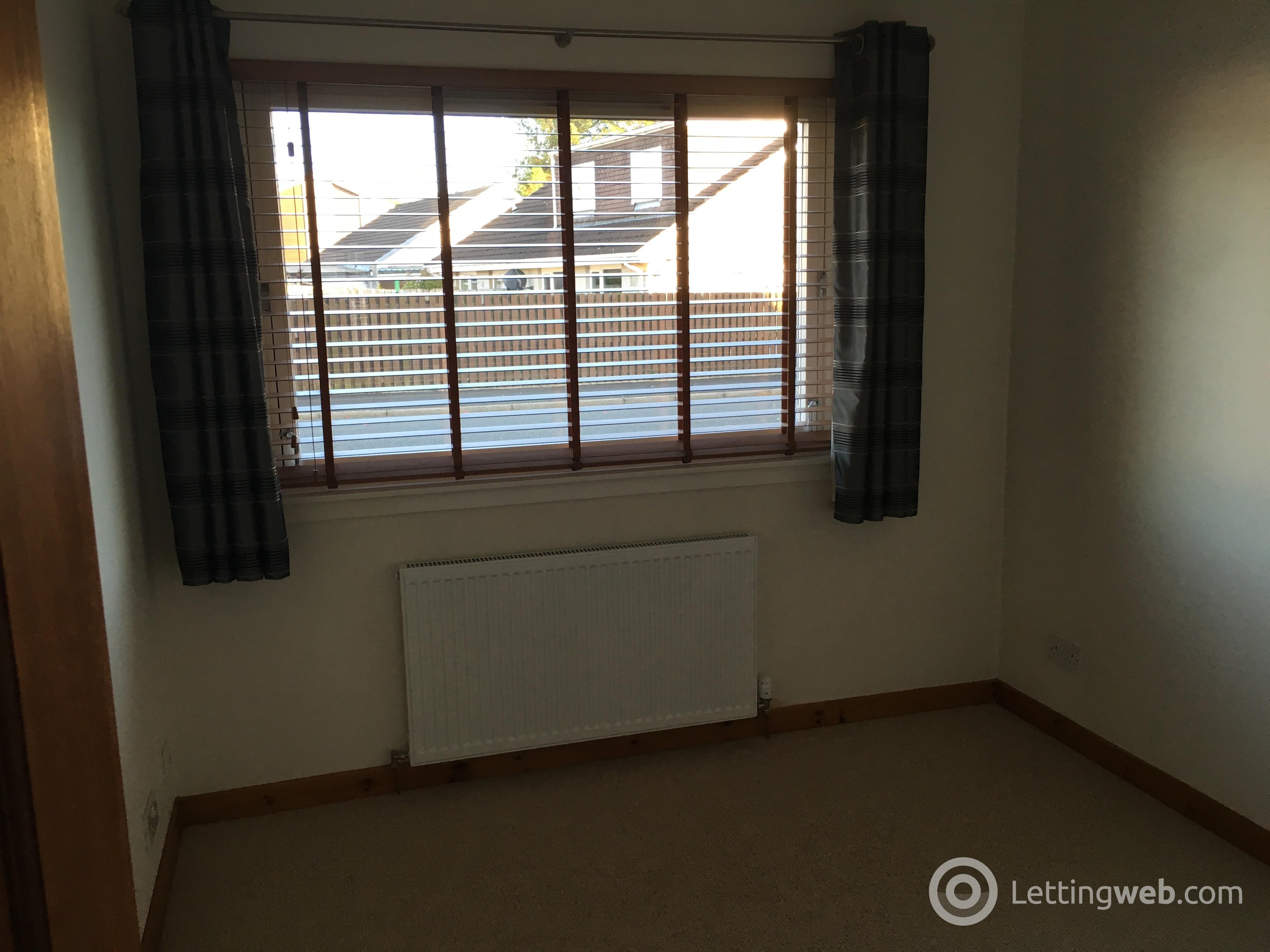 Property to rent in Westdyke Way