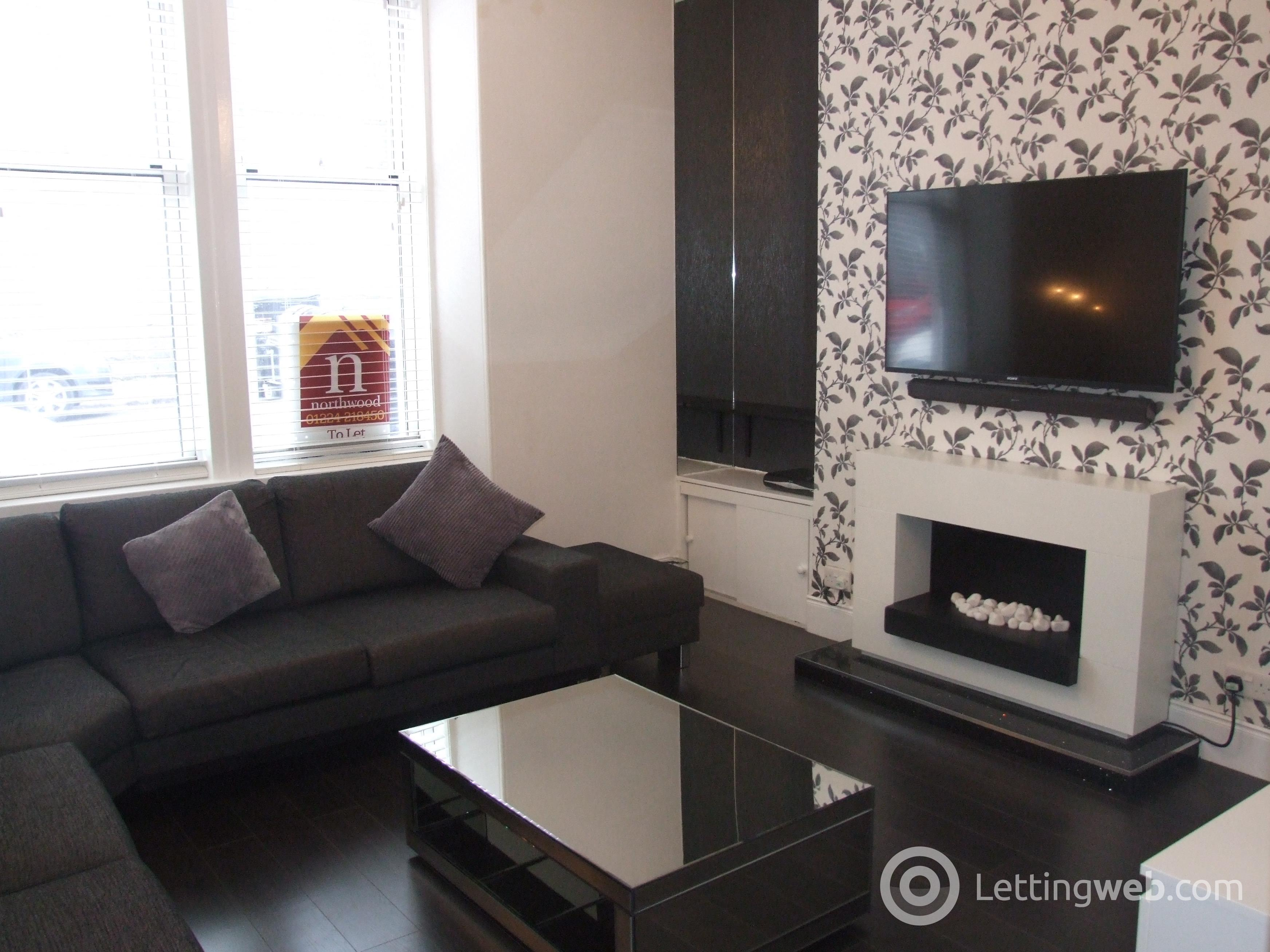 Property to rent in Wallfield Crescent