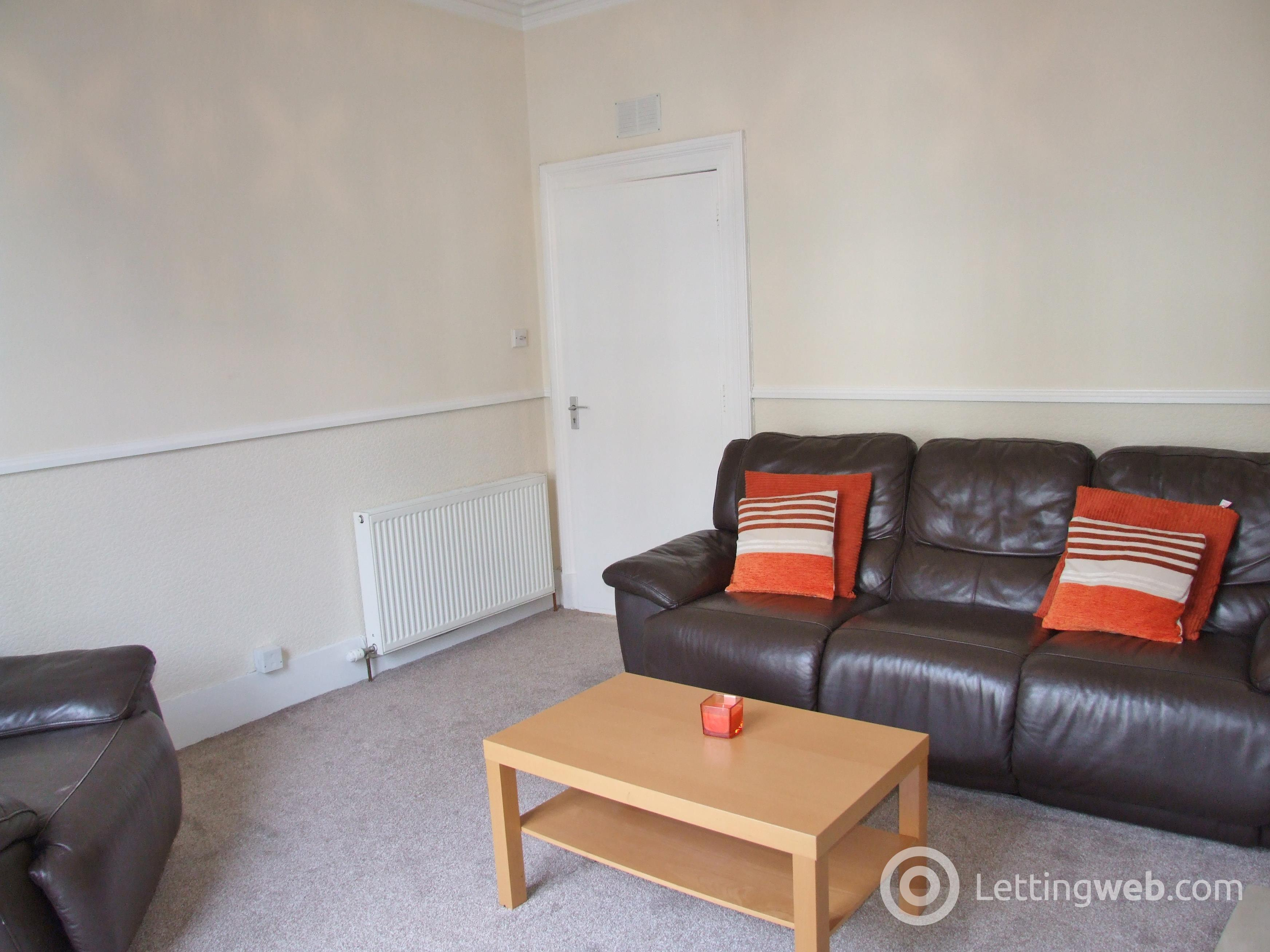 Property to rent in Rosemount Place