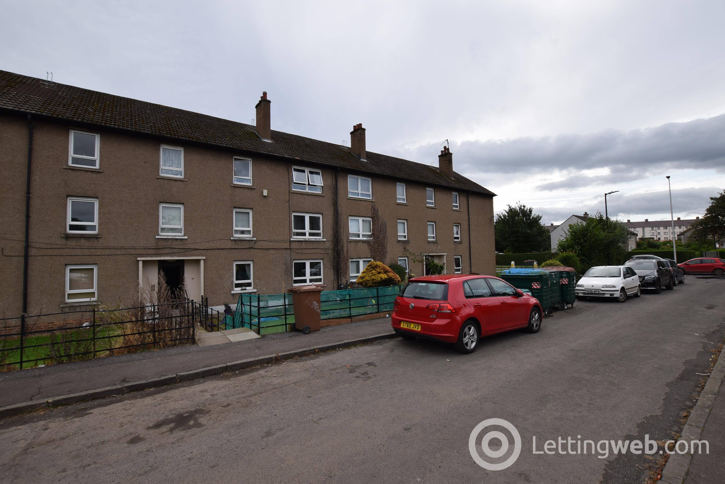 Property to rent in Balunie Drive