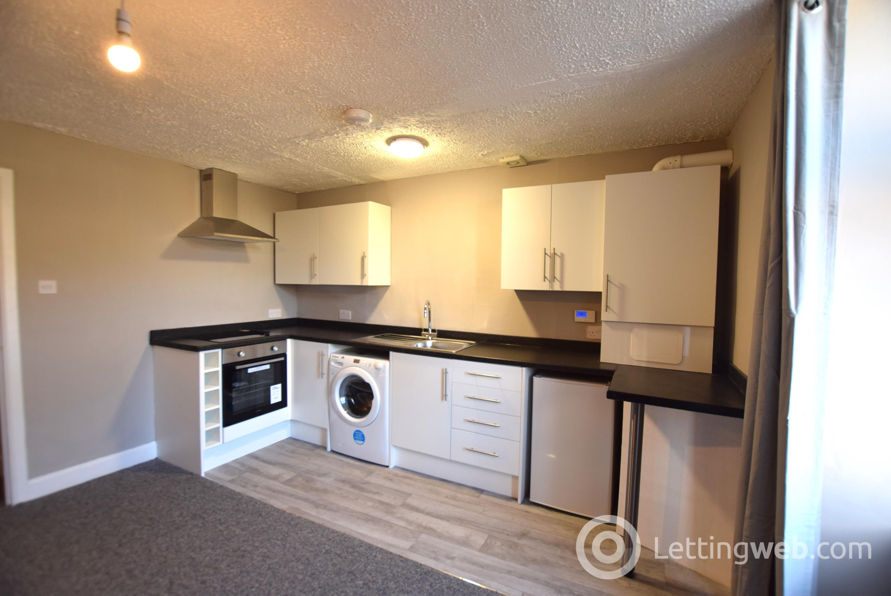 Property to rent in 6 Isla Street, Dundee, DD3 7HT