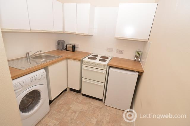 Property to rent in Blackwood Crescent, Edinburgh, EH9