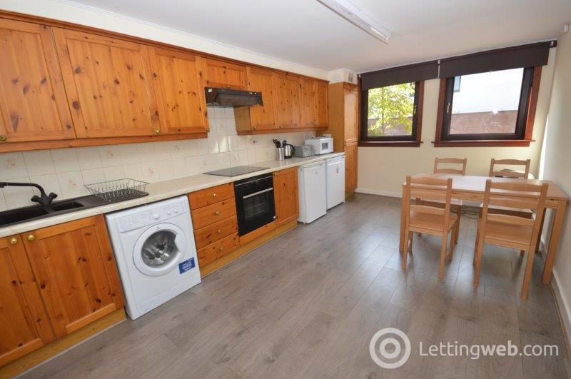 Property to rent in St David's Place, Edinburgh, EH3