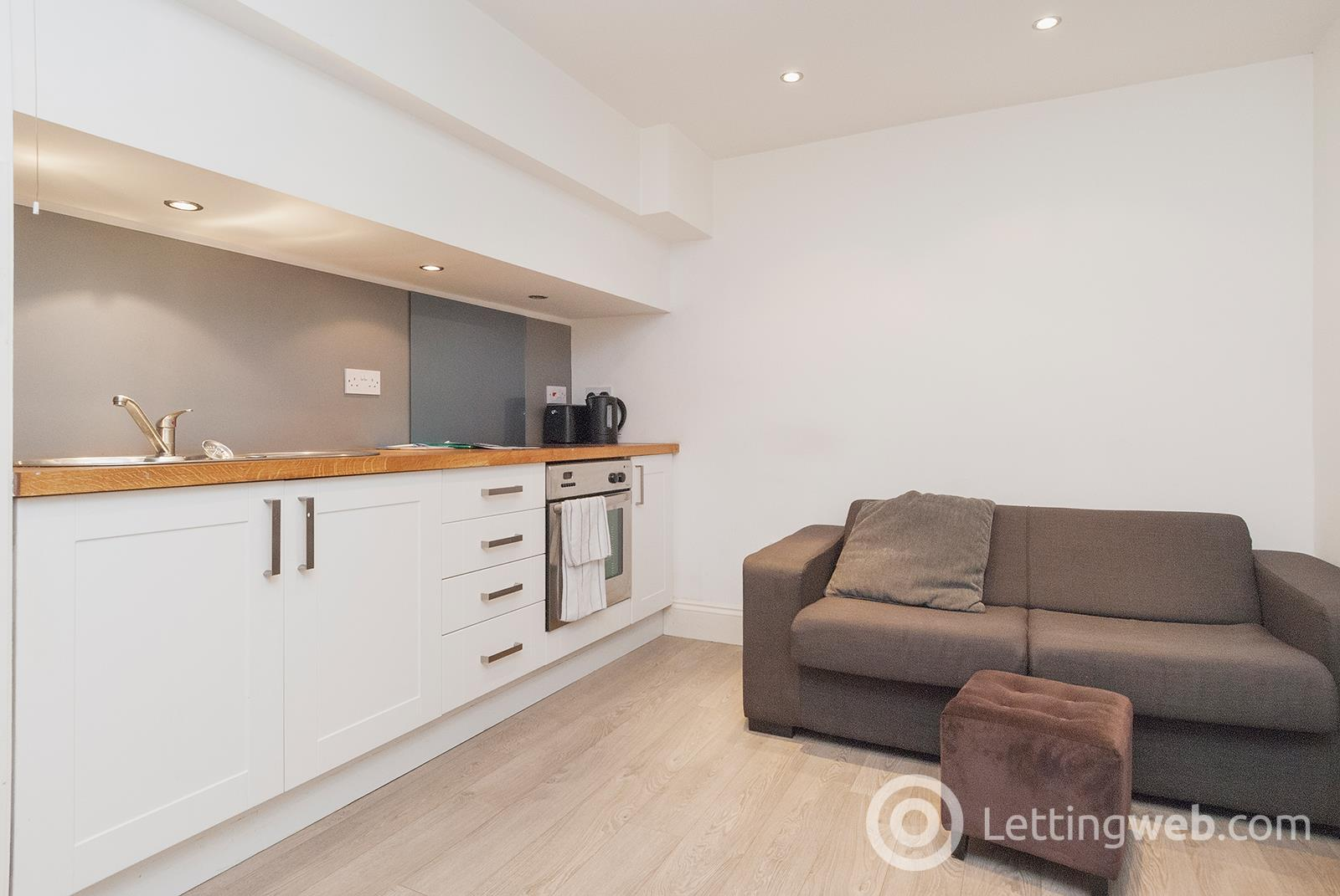 Property to rent in Meadowbank Place, Edinburgh, EH8