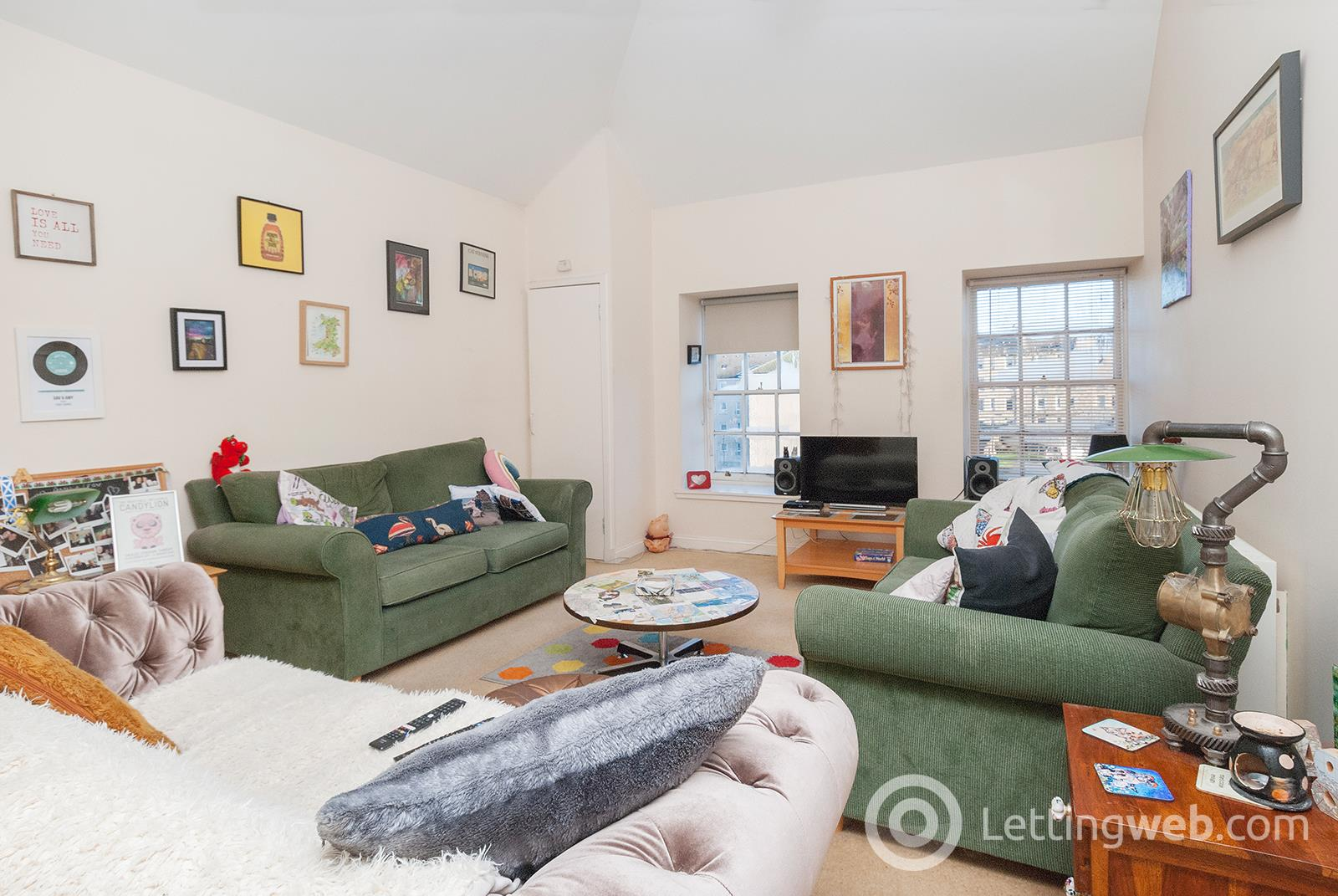 Property to rent in Smiths Place, Edinburgh, EH6