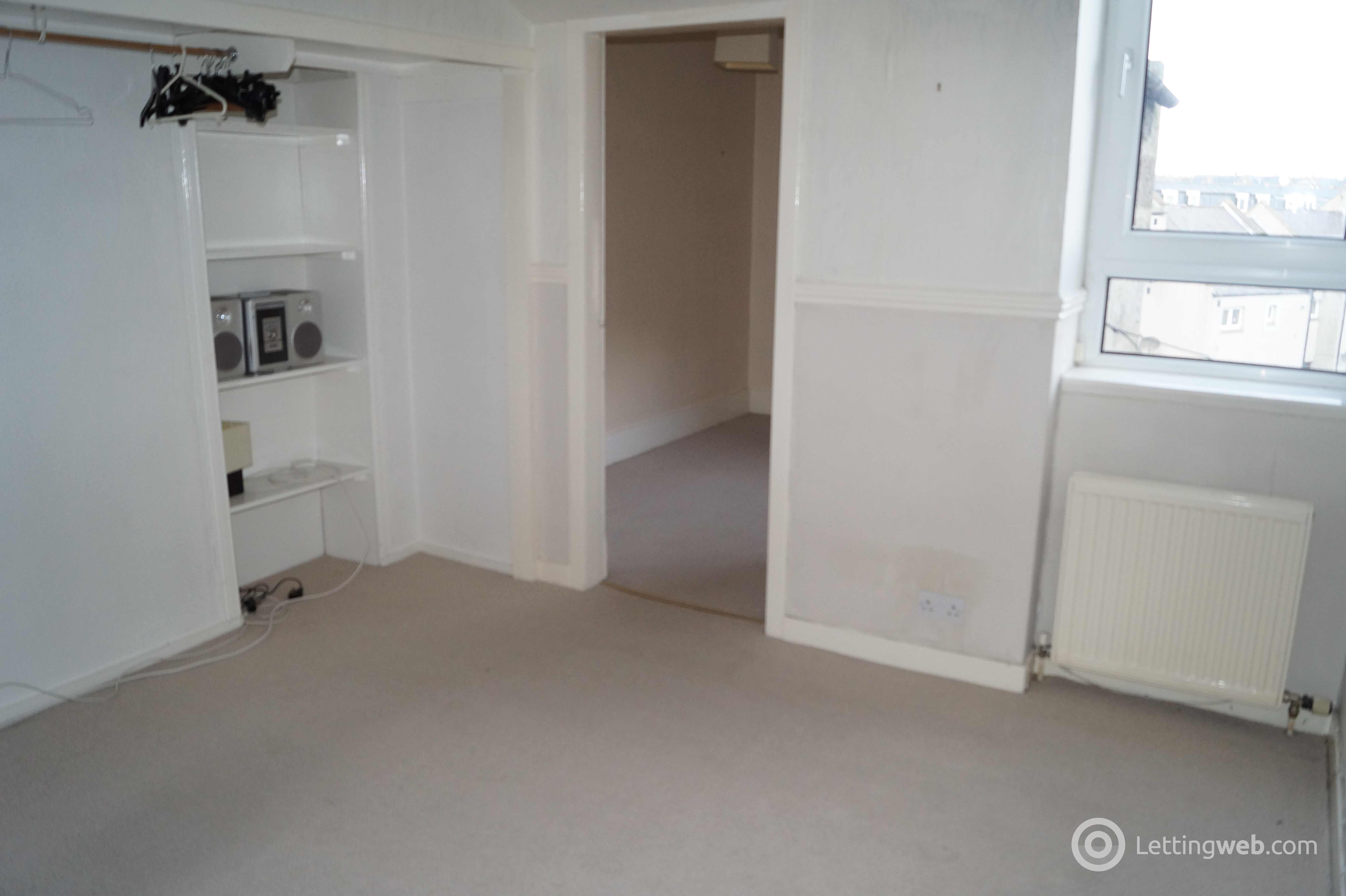 Property to rent in Constitution Street