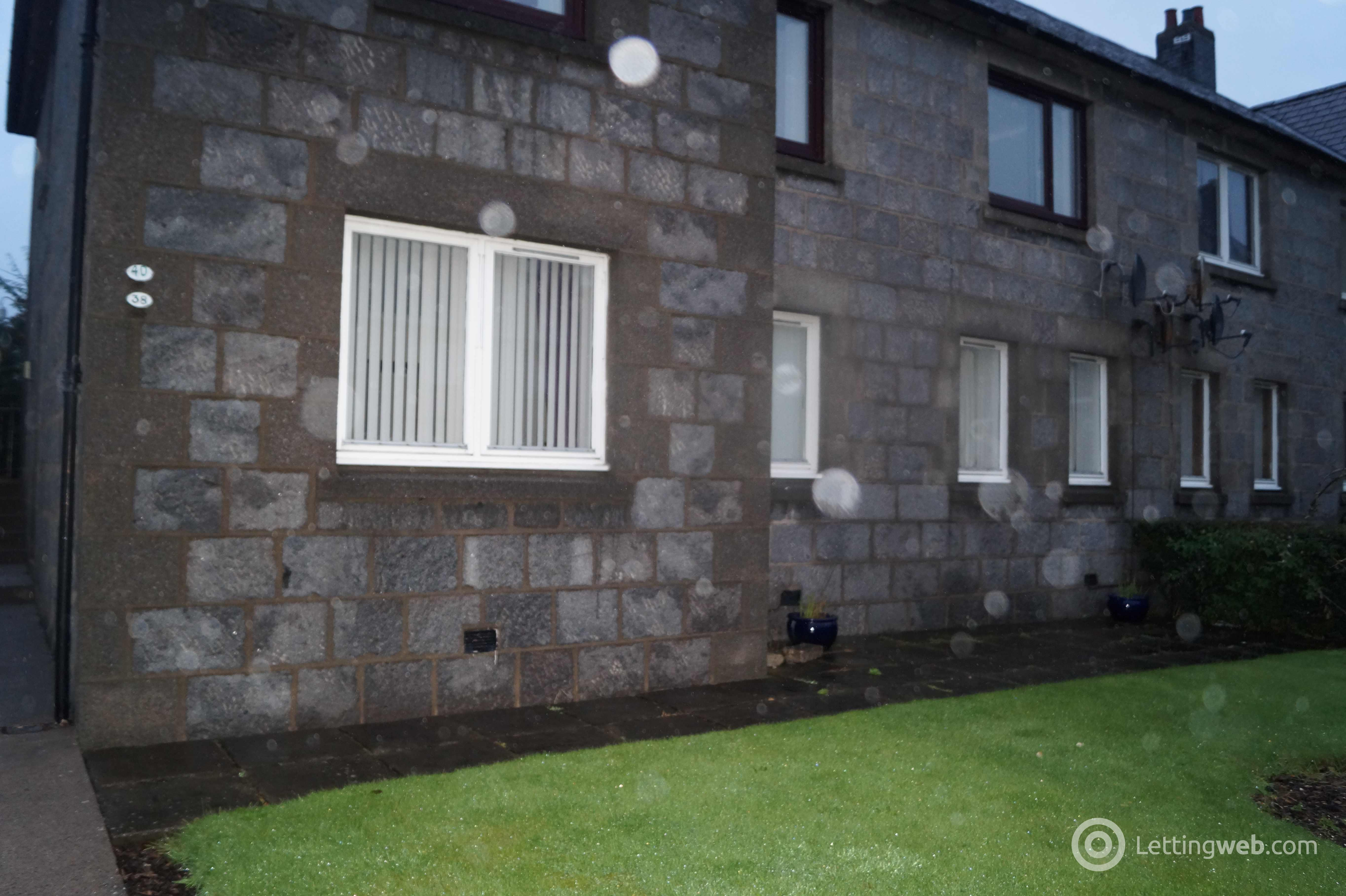 Property to rent in 38 South Anderson Drive