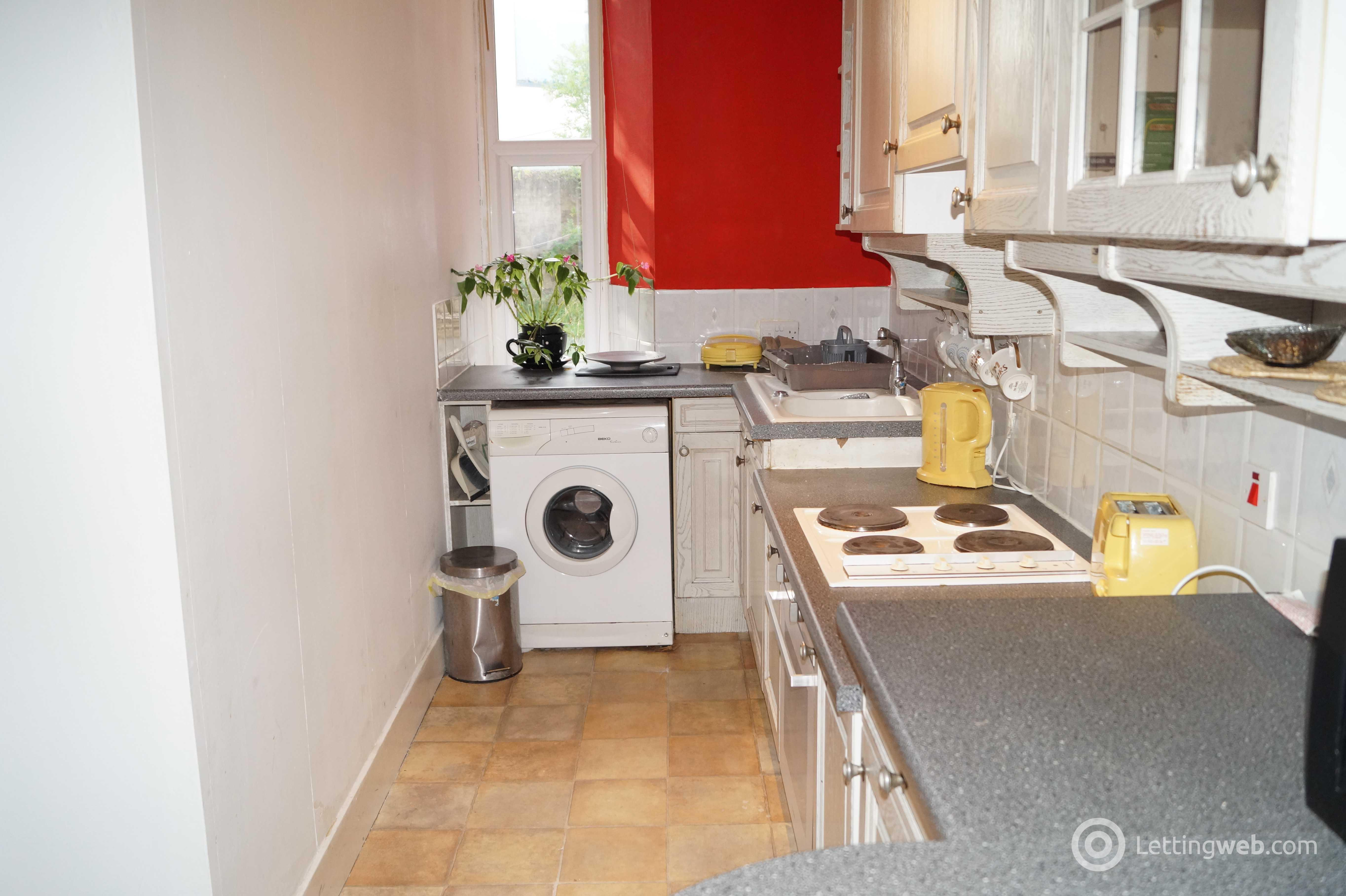 Property to rent in 62 Holburn Street