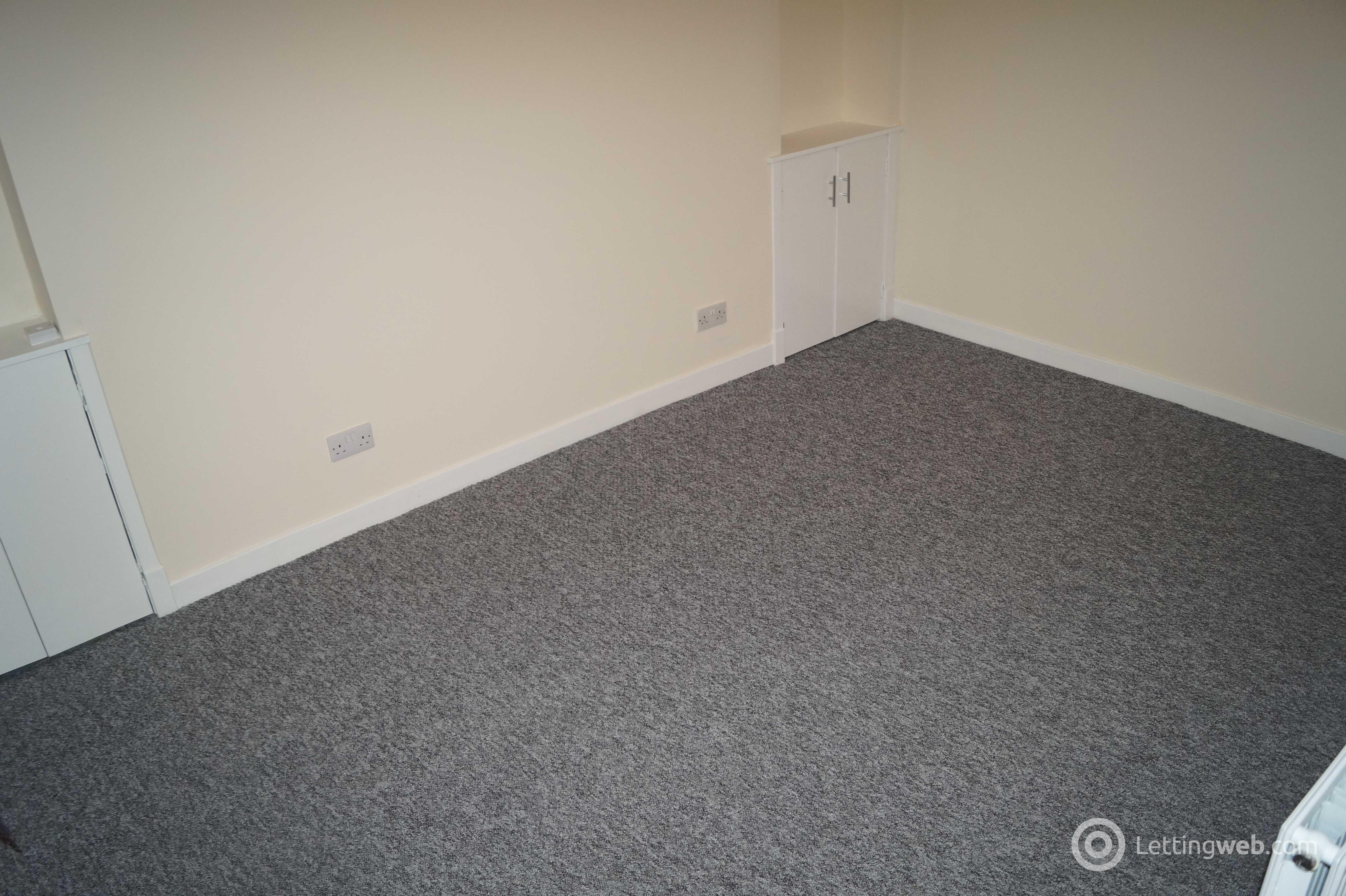 Property to rent in Forghall Road
