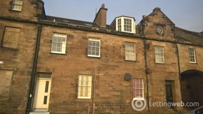 Property to rent in Forth Place, Burntisland, KY3 9DR
