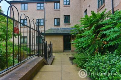 Property to rent in South Gray Street, Newington, Edinburgh, EH9 1TE