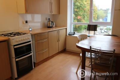 Property to rent in Viewcraig Gardens, Holyrood, Edinburgh, EH8 9UN