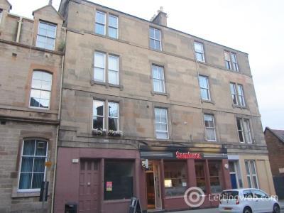Property to rent in Causewayside, Newington, Edinburgh, EH9 1QG