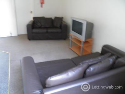 Property to rent in Cleghorn Street
