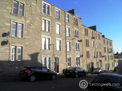 Property to rent in Benvie Road, Dundee