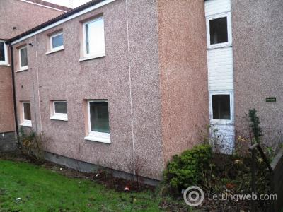 Property to rent in 257 Yarrow Tce, Dundee