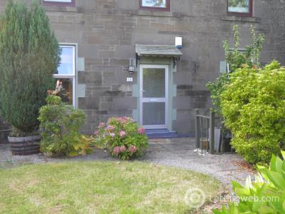 Property to rent in Broughty Ferry Court
