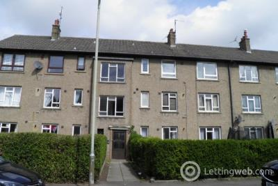 Property to rent in 76 Kemnay Gardens, Dundee
