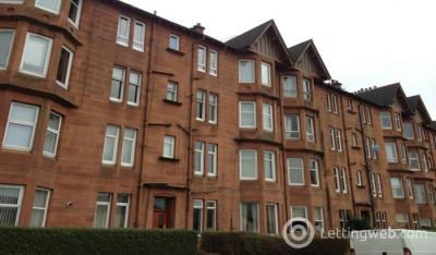 Property to rent in Linden Place