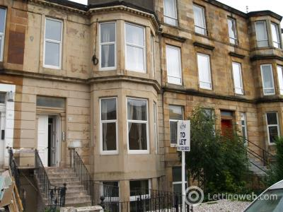 Property to rent in Dixon Avenue