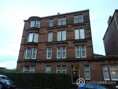 Property to rent in Lyndhurst Gardens