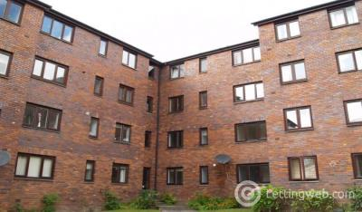 Property to rent in Hanover Court North Frederick Path