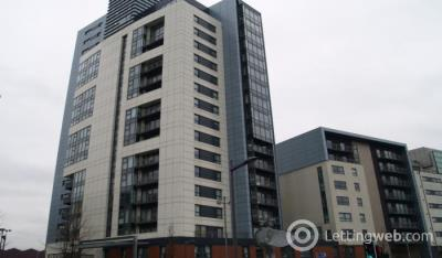 Property to rent in Meadowside Quay Square