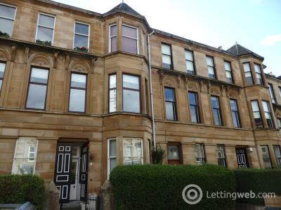 Property to rent in Broomhill Avenue