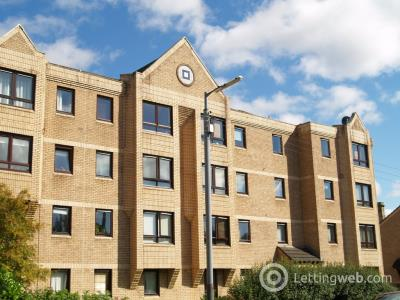 Property to rent in Milnpark Gardens