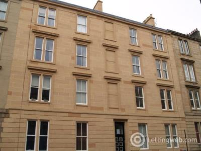 Property to rent in 34 West End Park Street
