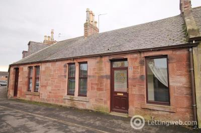 Property to rent in Elliot Place, Arbroath, DD11 3BX