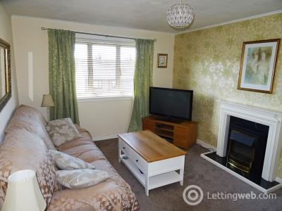 Property to rent in Kemnay Gardens, Dundee, DD4 7TU.