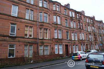 Property to rent in Crathie Drive, Thornwood, G11 7XD