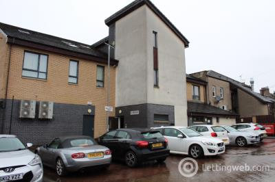 Property to rent in 3 Linlee Court, Airdrie, ML6 9BD