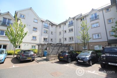 Property to rent in Chandlers Court, Riverside, Stirling, FK8