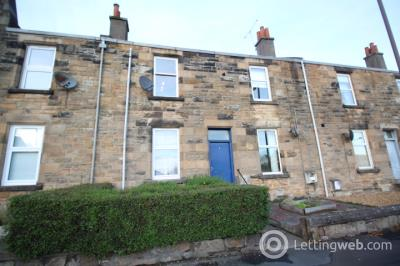 Property to rent in 3 G/R Abbey Road, Riverside, FK8 1LH